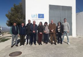 The Mayor of Humilladero (Málaga) visits the Pilot Plant in Torre Cardela, interested in knowing the prototype of the LIFE ECOGRANULARWATER project, installed for nitrate removal